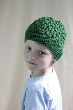 Ravelry: Kids' Reversible Cocoon Hat pattern by Gretchen Tracy- free pattern