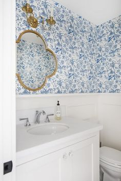 Bathroom Toile Wallpaper Bathroom Blue and white Toile Wallpaper Powder Bath Blue and white Toile Wa Toile Wallpaper, Bathroom Wallpaper, Fuzzy White Rug, Blue And White Wallpaper, Toile Photo, Parlor Room, Pink Throw Pillows, Retro Pattern, Blue Wallpapers