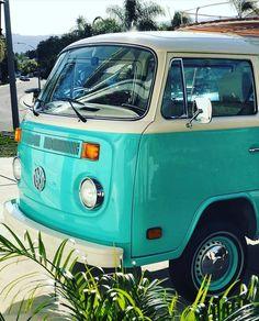 Turquoise VW van ❤