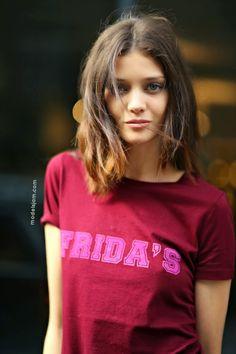 t-shirt chic. #DianaMoldovan #offduty in Milan.