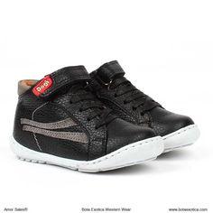 744d266d8 7 imágenes estupendas de zapatos dc