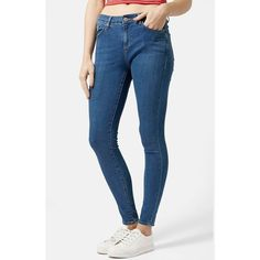 Topshop Moto 'Leigh' Skinny Jeans (345 NOK) ❤ liked on Polyvore featuring jeans, mid denim, blue denim jeans, 5 pocket jeans, skinny leg jeans, short skinny jeans and topshop jeans