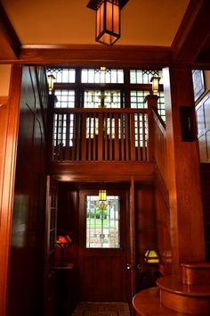 Arts & Crafts - Craftsman - Entrance Hall: