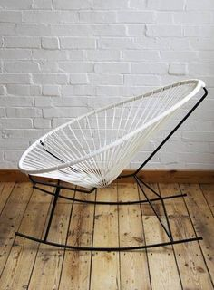 I neeedddd an Acapulco chair Cool Furniture, Modern Furniture, Furniture Design, Antique Furniture, Acapulco Chair, Interior Decorating, Interior Design, Take A Seat, Cool Chairs
