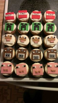 Mine Craft Cupcakes by Cake Cousins