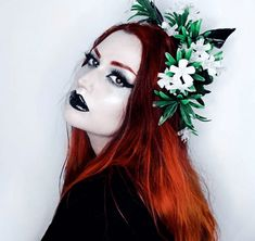 14 Goth Hairstyles to Inspire Your Halloween Look Halloween Looks, Halloween Face Makeup, Flowers In Hair, Steampunk, Witch, Pin Up, Gothic, Hair Color, Beautiful Women