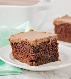 Moist and delicious Chocolate Zucchini Cake filled with zucchini and topped with a homemade chocolate frosting. Best Chocolate, Delicious Chocolate, Chocolate Recipes, Chocolate Cake, Homemade Chocolate Frosting, Zucchini Cake, Lemon Zucchini, Lemon Loaf, Buckwheat Cake
