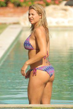 Gemma-Atkinson-Bikini_13.jpg (1100×1650)