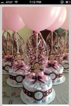 Cute balloon centerpiece