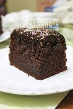 Home Sweet Home: Moist Chocolate Cake Lagi