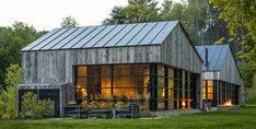 Modern Barn Style Home in Vermont by Birdseye Design Modern Barn House, Modern House Design, Contemporary Design, Contemporary Cabin, Modern Cabins, Design Exterior, Modern Farmhouse Exterior, Farmhouse Design, Architecture Design