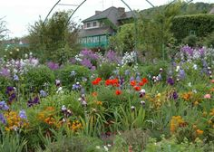Giverny, the beautiful home of Claude Monet. A great place to visit!