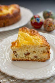 Pască cu brânză dulce și stafide - rețeta tradițională | Bucate Aromate Moldova, Nutella, Easter, Desserts, Food, Tailgate Desserts, Deserts, Easter Activities, Essen