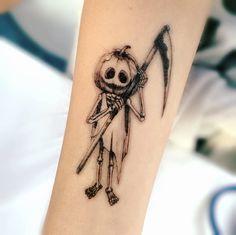 Chucky TATTOO / Pumpkin tattoo / Realistic Temporary tattoos / Long Lasting tattoo Sticker / Movie t Tattoo Son, Back Tattoo, Tattoos Skull, Body Art Tattoos, Cloud Tattoos, Wing Tattoos, Tatoos, Movie Tattoos, Horror Tattoos
