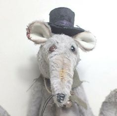"""""""Vinnie the Vagabond"""" the Victorian sewer rat in a velvet top hat with silk ribbon, by Ragtail n Tickle. Funny Rats, Velvet Tops, Vintage Fashion, Vintage Style, Victorian, Hats, Artist, Silk Ribbon, Animals"""