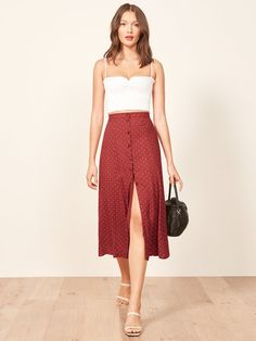 Reformation petites hermosa skirt s t y l e w 2019 fashion, skirt fashion i Punk Rock Outfits, Chic Outfits, Summer Outfits, Summer Dresses, Church Outfit Summer, Summer Skirts, Dress Skirt, Dress Up, Midi Skirt Outfit