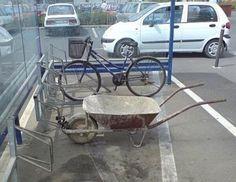 Vu au Portugal : Brouettecyclette http://www.15heures.com/photos/g56o #LOL