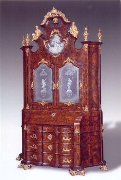 An Italian walnut veneered and parcel-gilt bureau cabinet, Venetian,  1730/1750 - See more at: http://www.artslife.com/2013/09/05/treviso-antiquaria-xix-edizione/#sthash.zOD5CNNU.dpuf