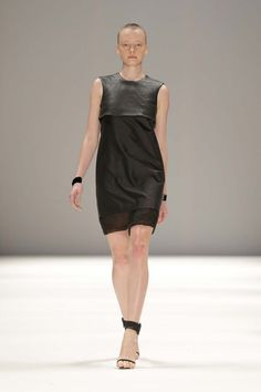 Strateas.Carlucci Ready-To-Wear S/S 2014/15 Runway