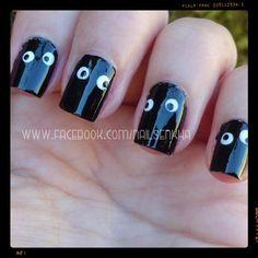 L'oreal resist & shine / base & top.  Easy París 31.  L'oreal manicura french / liner french precision.  Essence gel look top coat. #loreal #easyparis #essence #eyes #halloween #black #white #notd #picoftheday #beauty #followme #nails #like #nofilter #cute #beatiful #pretty #fashion #nailspolish #polish #nailideas #manicure #nailartclub #nailartadict #cool