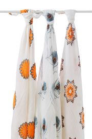 Aden & Anais Muslin Swaddle Blankets http://www.applepiebaby.it/Swaddle-mela-in-mussola-di-bamb-di-aden-anais-3-pezzi.html