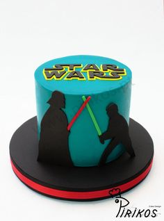 Pirikos Cake Design: Bolo Star Wars em - Star Wars Cake - Ideas of Star Wars Cake - Pirikos Cake Design: Bolo Star Wars em Star Wars Party, Theme Star Wars, Star Wars Birthday Cake, 7th Birthday, Birthday Cakes, Birthday Ideas, Star Wars Cookies, Star Wars Cake Toppers, Star Wars Cupcakes