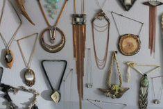 adina millsjewelry - Ricerca Google Stone Jewelry, Jewelry Art, Fashion Jewelry, Jewellery, Washer Necklace, Pendant Necklace, Arrow Necklace, Artsy, Quartz