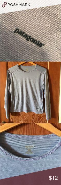 Patagonia base layer periwinkle shirt M Patagonia Women's base layer long sleeve shirt, M, periwinkle Patagonia Tops Tees - Long Sleeve