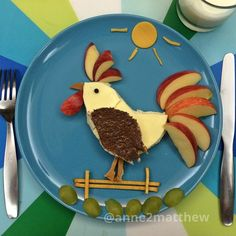 #cockadoodledoo Good morning #rooster #kidsfood #breakfast #anne2matthew Finger Foods For Kids, Healthy Meals For Kids, Kids Meals, Food Art For Kids, Cooking With Kids, Cute Fruit, Cute Food, Animal Themed Food, Creative Food Art