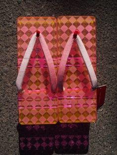 アクリル下駄<BR>ピンクダイヤモンド<BR>(Acrylic Geta- Pink Diamond )