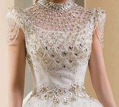 Everyone knows that weddings are the happiest moments in a woman's life.The spotlight of the big day is the most expensive dress in the world,wedding gowns. Diamond Wedding Dress, Diamond Dress, Lace Wedding Dress, Wedding Dresses Plus Size, Wedding Gowns, Asos Wedding, Backless Wedding, Wedding Bride, Bridal Dresses