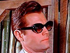 "Jack Lord as Felix Lighter in the James Bond 007 classic ""Dr No""  eyeglassboy.com"