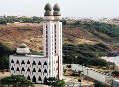 La grande mosquée de la divinité au  Sénégal