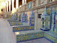 /Detalle de azulejos Plaza Sevilla