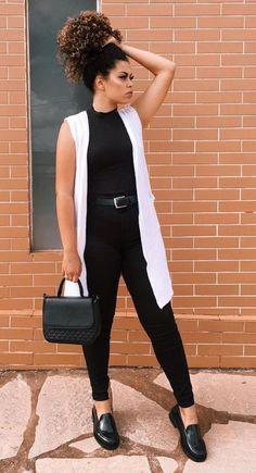 28 looks para você testar em fevereiro – Guita Moda 28 looks to try on February – Guita Moda Casual Chic Outfits, Look Casual Chic, Casual Looks, Cute Outfits, Black Jeans Outfit Casual, Outfit Jeans, Fashion Mode, Work Fashion, Fashion Outfits