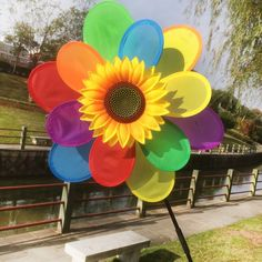 Garden Ornaments Colorful Sunflowers Windmill Multicolor Wind Spinner Whirligig Garden Windmill Cloth for Garden Decor B5