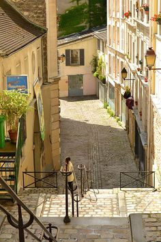 I've climbed and descended these steps in Montmartre many times, and would happily do so on a daily basis if I lived here