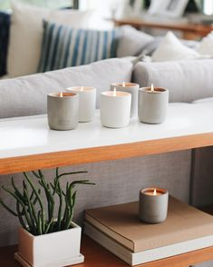 Modern Candles, Unique Candles, Diy Candles, Candle Wax, Soy Wax Candles, Scented Candles, Natural Candles, Home Candles, Beton Design