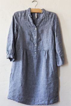 nut hatch blue linen artist smock                         @$295 I won't be buying this, but would love to find a similar pattern to sew