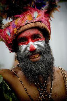 Mount Hagen singsing festival, Papua New Guinea - Eric Lafforgue #Tribe