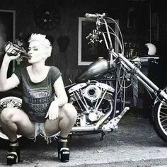 Image may contain: 1 person, sitting - Bikes & girls - Motorrad Motorbike Girl, Motorcycle Gear, Women Motorcycle, Motorcycle Rallies, Motorcycle Quotes, Lady Biker, Biker Girl, Motard Sexy, Foto Glamour
