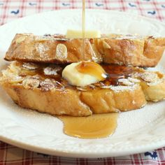 My version of The Original Pancake House's Cinnamon Almond French Toast.  Give ordinary a kick in the buns.