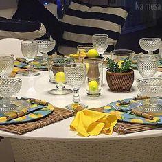 Amamos quando a produção das nossas clientes nos encantam  nossos sousplats alegrando a mesa da querida Vânia muito obrigada pelo carinho  Enviamos para você whats 71991876897 ou namesa.contato@gmail.com by namesa_