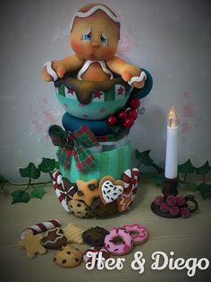 Navidad Polymer Clay Halloween, Cute Polymer Clay, Fimo Clay, Christmas Themed Cake, Christmas Themes, Christmas Crafts, Christmas Ornaments, Ballerina Party Decorations, Clay Jar