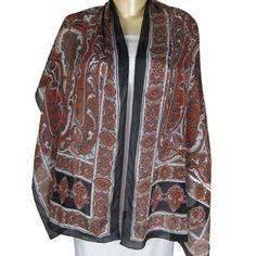 Foulard noir en crêpe de soie peint à la main en Inde - Accessoire fashion pour femme - 55 cms x 182 cms ShalinIndia, http://www.amazon.fr/gp/product/B006DXWWVS/ref=cm_sw_r_pi_alp_Iwoerb1V1MGCS
