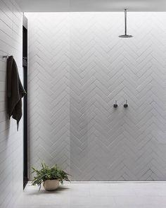Contemporary Bathroom Design - Interior Decor and Designing Small Bathroom With Tub, Master Bathrooms, Bathroom Black, Luxury Bathrooms, Dream Bathrooms, Beautiful Bathrooms, Farmhouse Bathrooms, Marble Bathrooms, Modern Farmhouse