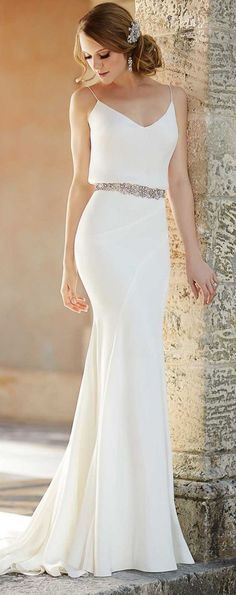 Casual wedding gowns inspirational luxury simple white dress for civil wedding Simple White Dress, Simple Prom Dress, Simple Dresses, White Maxi, Nice Dresses, Bridal Dresses, Bridesmaid Dresses, Dress Wedding, Beach Bridesmaids