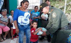 en amazonas trabajamos por el bienestar de la ninez - Categoria: Actualidad  ND: MAs de 150 kits de leche en polvo donados por la DIAN se entregaron a familias necesitadas. Los policAas asignados a la especialidad de Infancia y Adolescencia, en coordinaciAn con la PolicAa de PrevenciAn y EducaciAn Ciudadana, se encargaron de distribuir entre las familias con recursos limitados, mAs de 150 kits con subproductos de leche en polvo donado por la DIAN a la instituciAn policial, destinado a llevar…