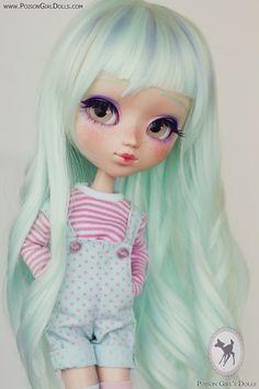 Poison Girl's Dolls Mais