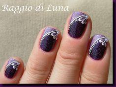Raggio di Luna Nails: Floral manicure on double purple